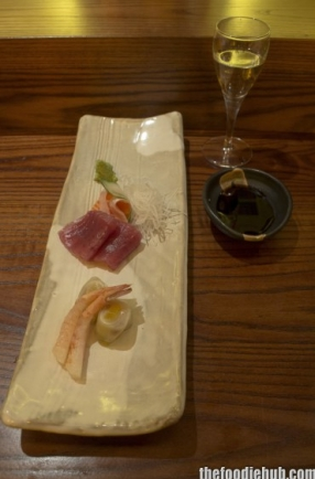 Sashimi salmon, tuna and prawn with sake