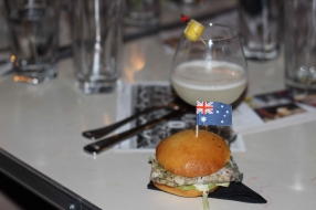 Croc Slider with matched Gin lemon cocktail